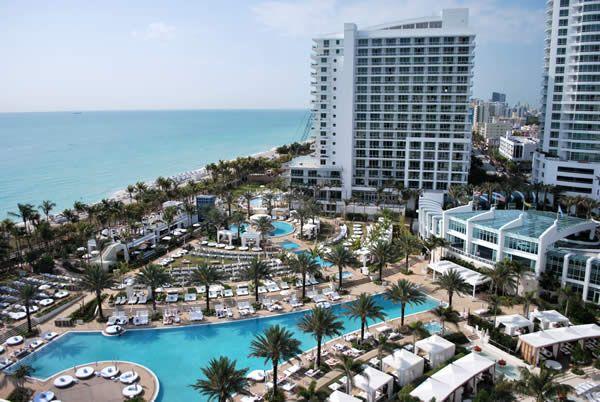 Hotel Next To Fountain Blue Miami
